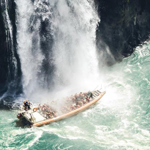 Промокнуть под водопадами